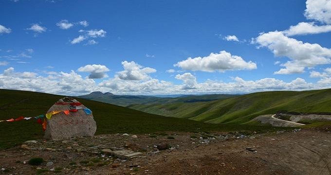 建议游玩天数1天 青海省果洛藏族自治州下辖的一个县,位于果洛州南部.