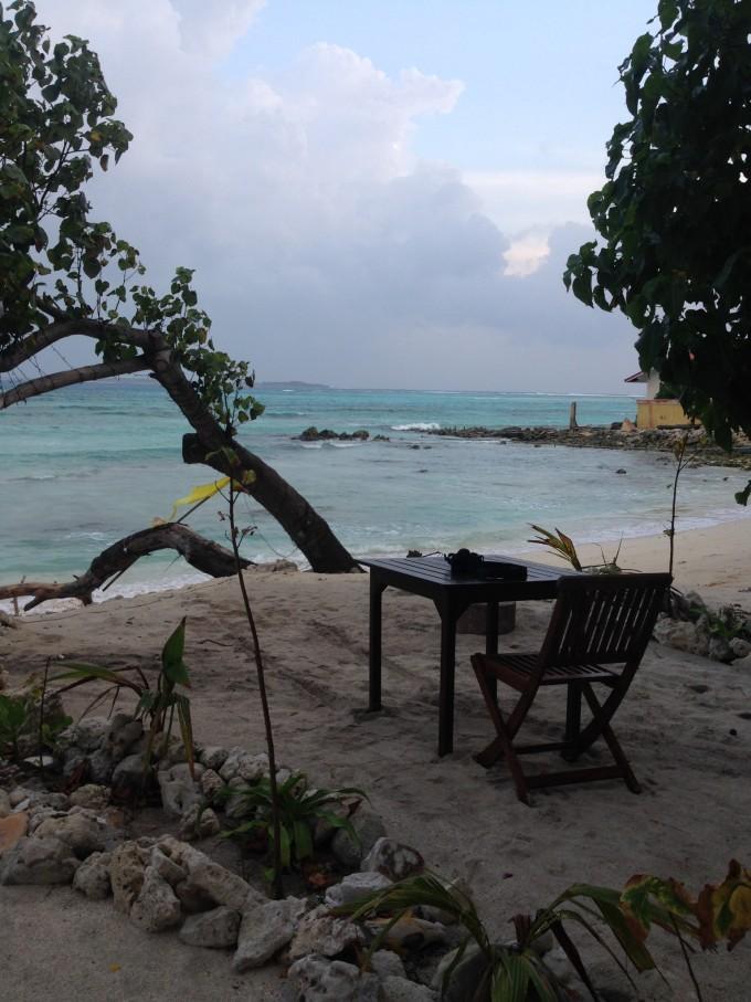 孤单唯美风景椅子