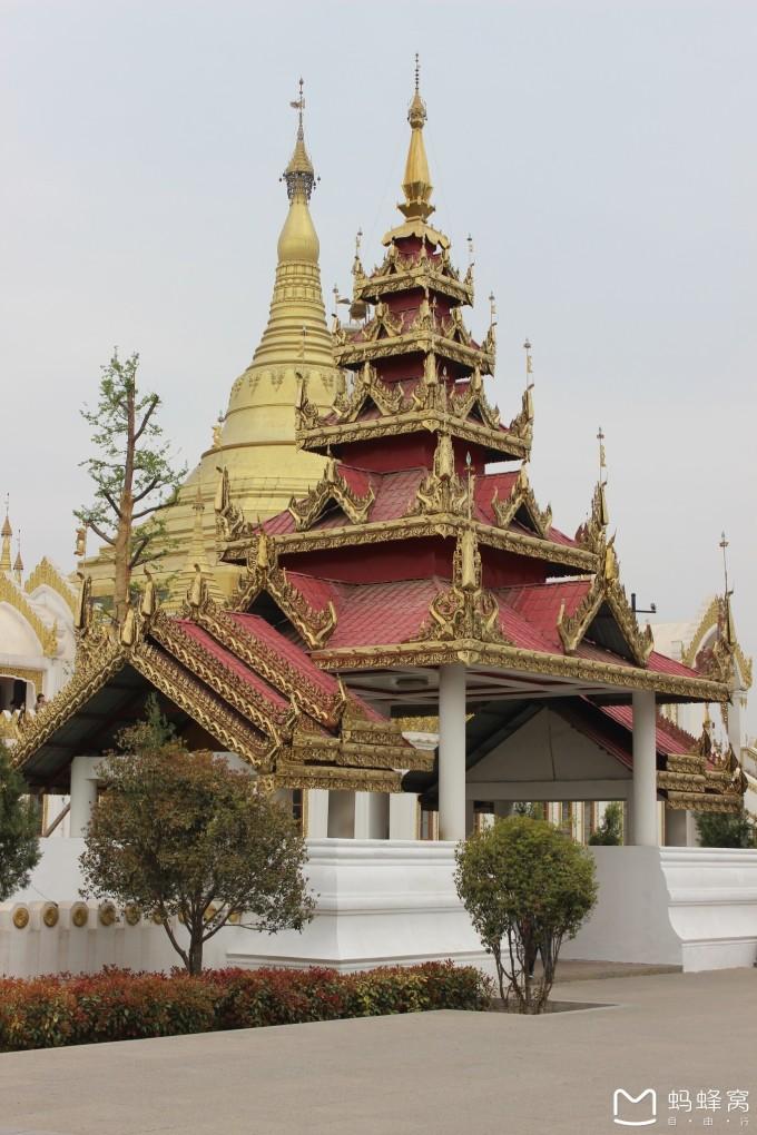 缅甸风格佛塔