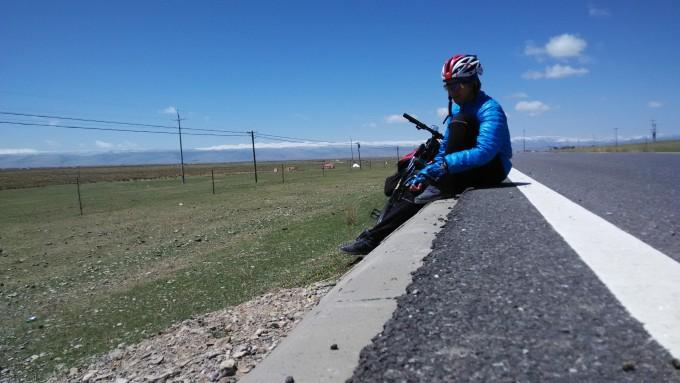【逃学旅行】一台自行车,一片青海湖,跨上铁骑去环湖.