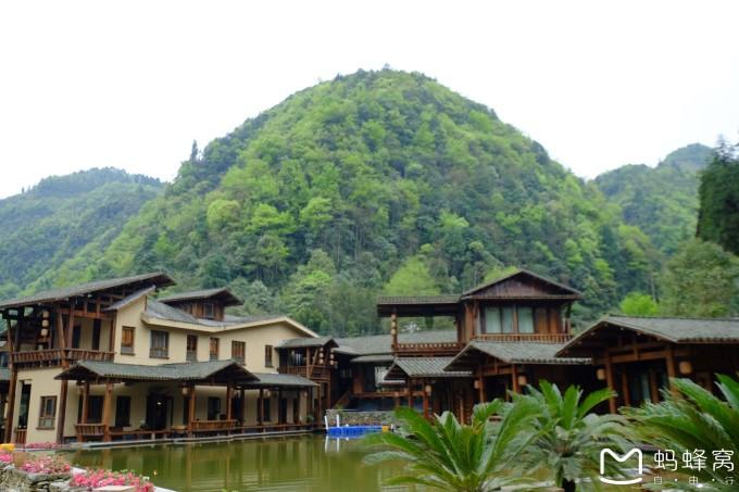 十二背后旅游风景区--双河谷景区--双河高端客栈度假群