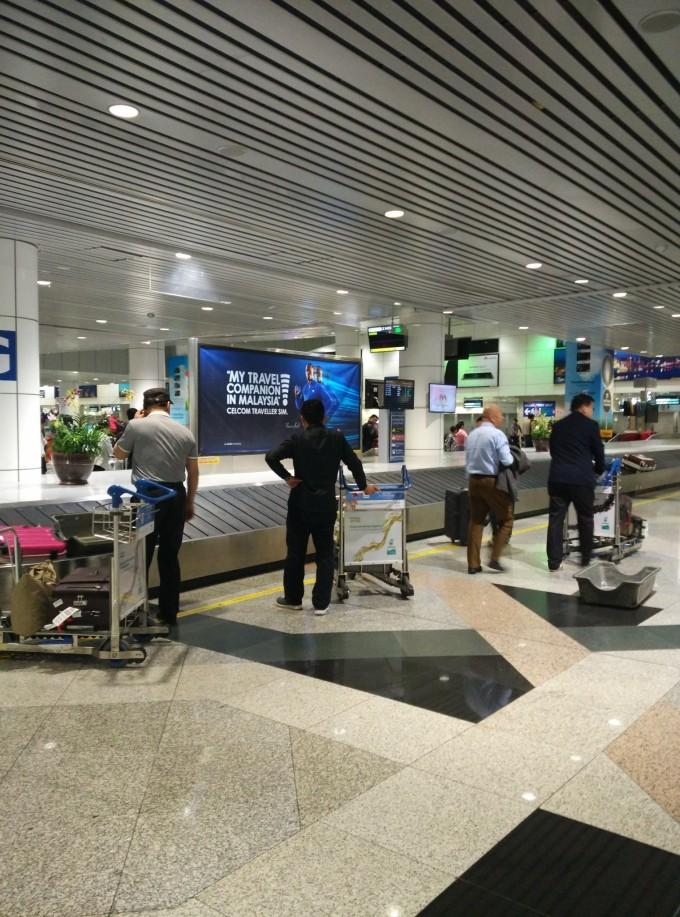 从飞机到达机场到我们拿到行李,我们应该只用了五十来分钟,感觉吉隆坡