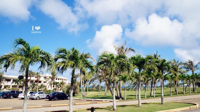 如果你在纠结选择酒店上可以给你提供点小小参考 在选酒店上我也考虑的很久,国际五星的凯悦、塞班世界度假村,太平洋岛屿俱乐部酒店、劳劳高尔夫度假酒店 ,五星的悦泰海景、马里亚纳度假村、清泉度假村、哈发黛塔加楼、四星的悦泰山景、哈发黛水晶楼、三星的哈发黛主楼、卡诺亚酒店。差不多比较好的酒店就是这些了。 劳劳在东海岸,以超大的高尔夫球场著名,比较远,喜好高尔夫的可以去~太平洋酒店拥有塞班岛上最大的水乐园,很不错适合带小孩子的来~马里亚纳度假村度假村有个小教堂,里面超级大,景色也颇美~清泉度假村是日本人开的,日本游